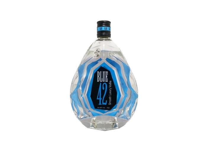Smooth Luxury Vodka Blue 42%